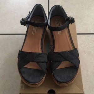 Toms women sandals